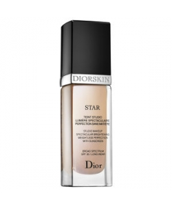 Тональный крем Christian Dior Diorskin Star Spectacular Brightening Weightless Perfection SPF30
