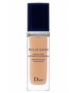 Увлажняющий тональный крем Diorskin Eclat Satin Moisture Release Satin Makeup тестер
